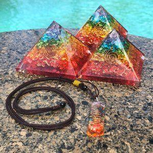 Orgone Pyramid & Pendant Necklace Orgonite Set